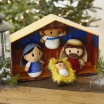 Itty Bitty Nativity Scene