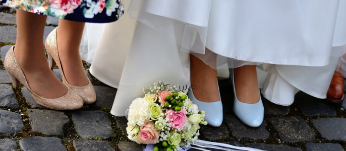 ways to include mom in wedding