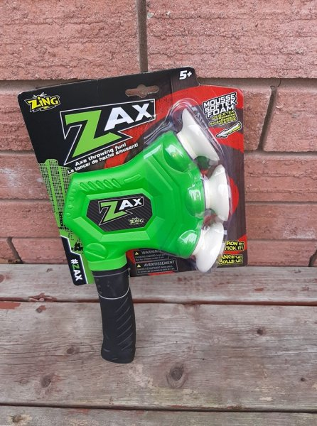 Zax Throwing Axe