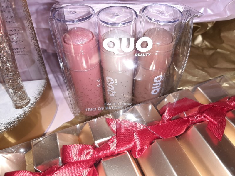 Quo Holiday Collection