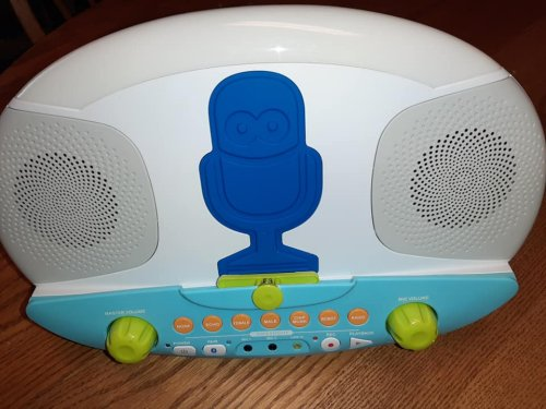 Kid's Pedestal Karaoke System