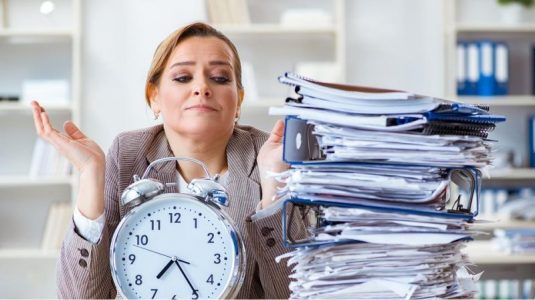 5 Tips for Overworked Working Moms