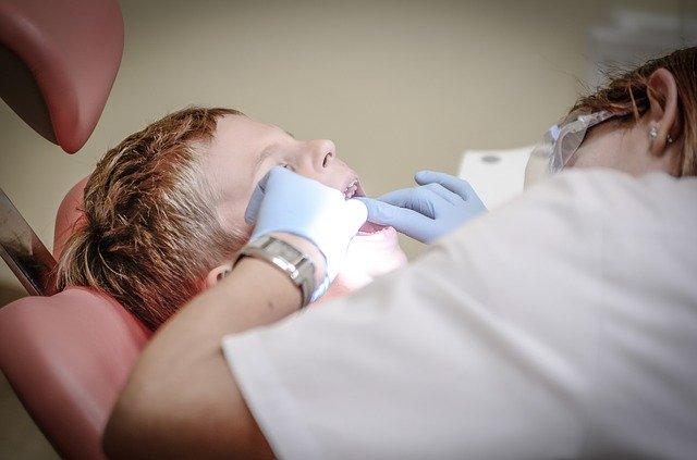 5 Habits That Cause Bad Teeth