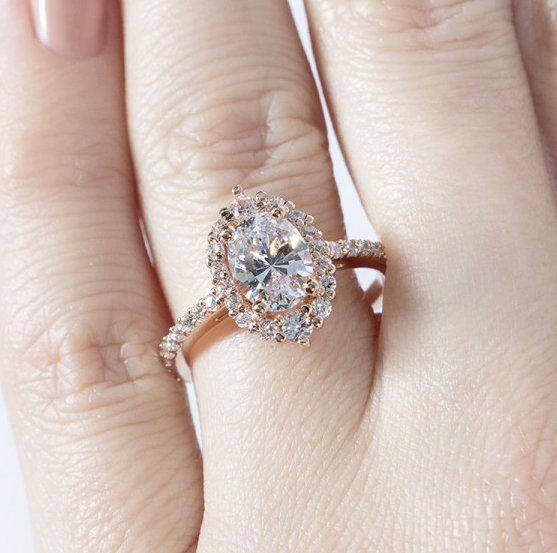 Barcelona Oval cut Engagement Ring