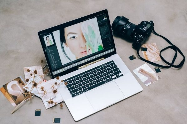 3 Awesome Ways to Turn Photos Into Paintings in 2021