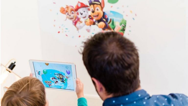 Wall Stories - paw patrol review