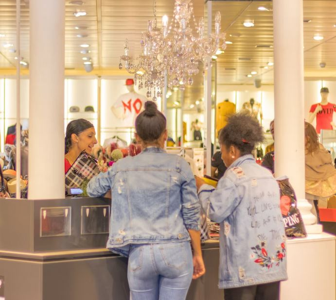 How to Prepare Your Retail Business for the Holiday Season
